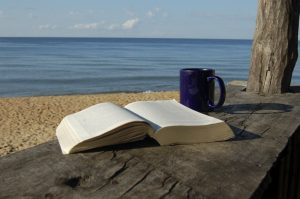 beach-book-coffee-mug2